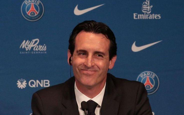 Le nouvel entraîneur du PSG a officiellement pris ses fonctions ce lundi. Unai Emery, débauché au FC Séville pour remplacer Laurent Blanc, diri...