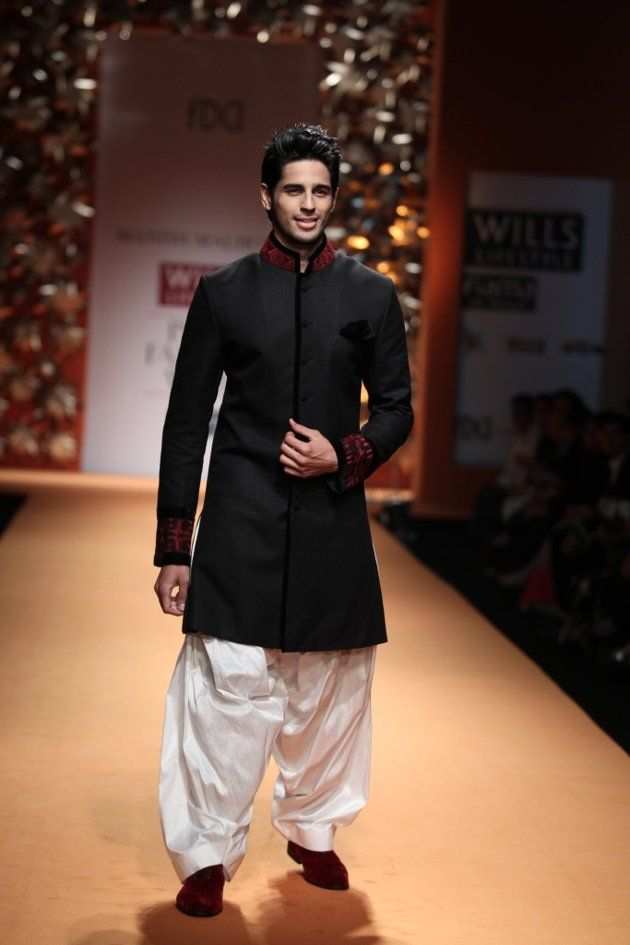 Siddharth Malhotra At WIFW 2013