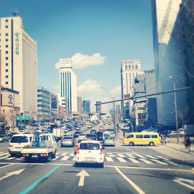I like harmony of city.