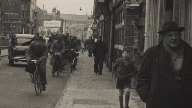 The John Pounds Centre's Friday Club discuss some of their memories of Portsmouth.