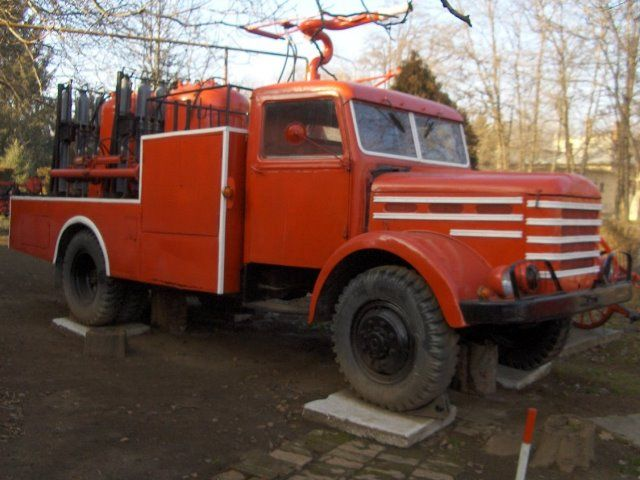 Csepel D750 -
