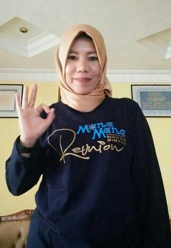 Reuni T shirt Members of Mana Mana Beach Club Bintan