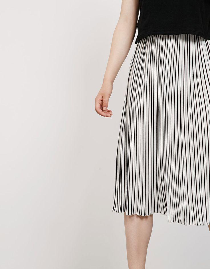 Striped pleated skirt - Skirts - Bershka Israel