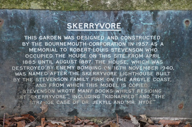 Skerryvore, 61 Alum Chine Road, Westbourne, Bournemouth by Alwyn Ladell, via Flickr
