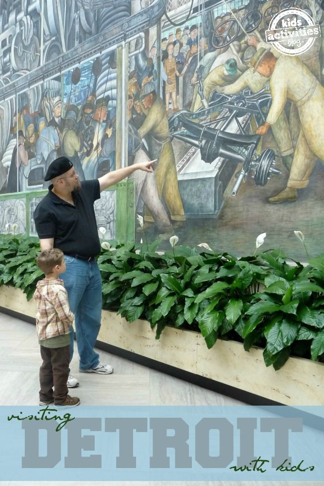 Great family vacation! 10 Things to Do with Kids in Detroit, MI - http://kidsactivitiesblog.com/46564/things-to-do-with-kids-in-detroit-mi - It's wonderful that there are so many great activities for kids in Detroit Michigan!