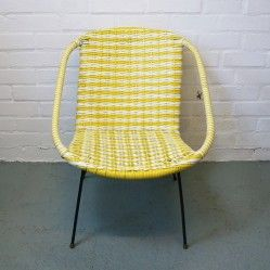 Vintage, retro and recycled furniture for a stylish and individual home