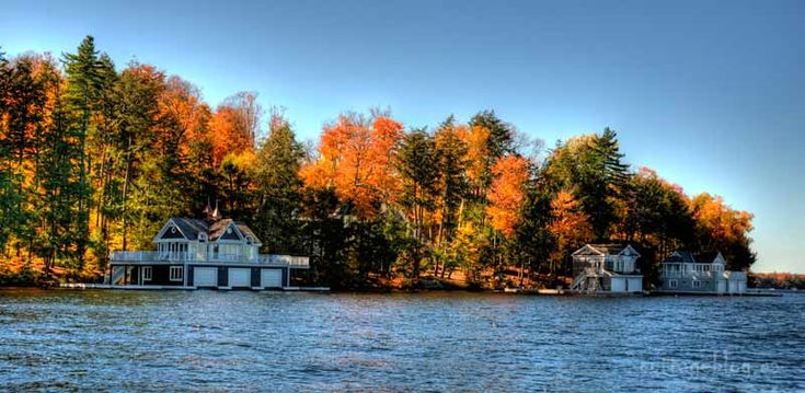 Muskoka fall day from the water
