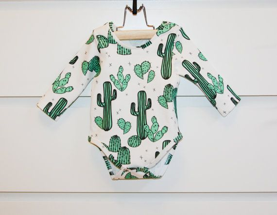 Long-sleeved bodysuit in 100% organic cotton. These combinations can be made with …   – kid at heart