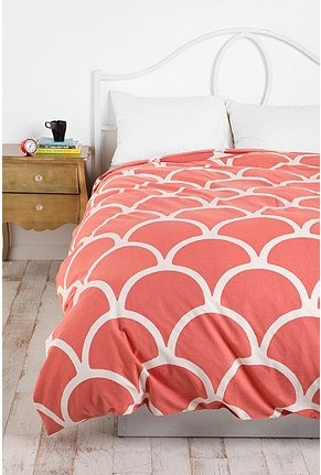 Coral Duvet Cover... I love it! But could not do this to my lovely gentleman, maybe in the guest bedroom?