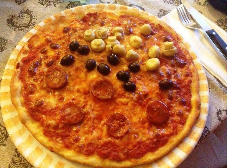 Pizza 3 stagioni #italianpizza #pizza3season #pizzarotonda