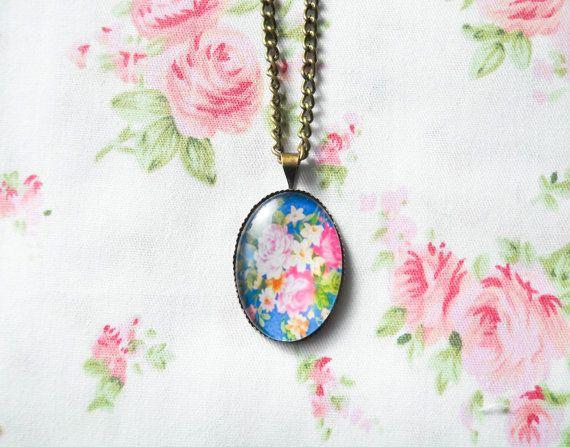 Vintage Rose Necklace, Vintage Floral, Pretty Necklace, Antique Bronze Necklace, Pretty Gift for Women, Rose Cabochon, Flower Cabochon