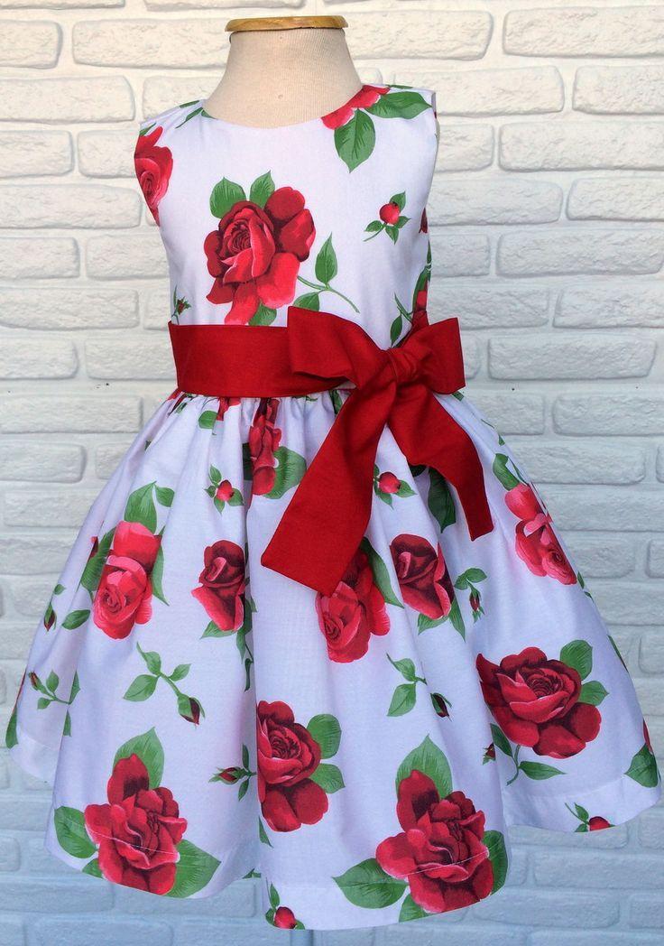 Resultado de imagem para modelos    de    vestidos       infantil        com     manga