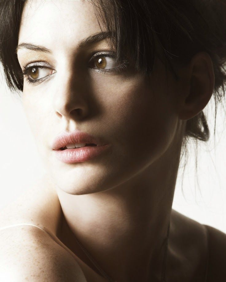 Anne Hathaway Actress: 1000+ Images About FAMOSAS! On Pinterest