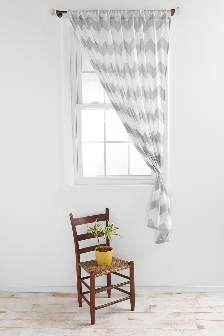 curtain: Chevron Patterns, Urban Outfitters, Curtains Urban, Zigzag Curtains, Living Rooms Curtains, Gray Chevron, Bedrooms Ideas, Chevron Curtains, Bedrooms Curtains