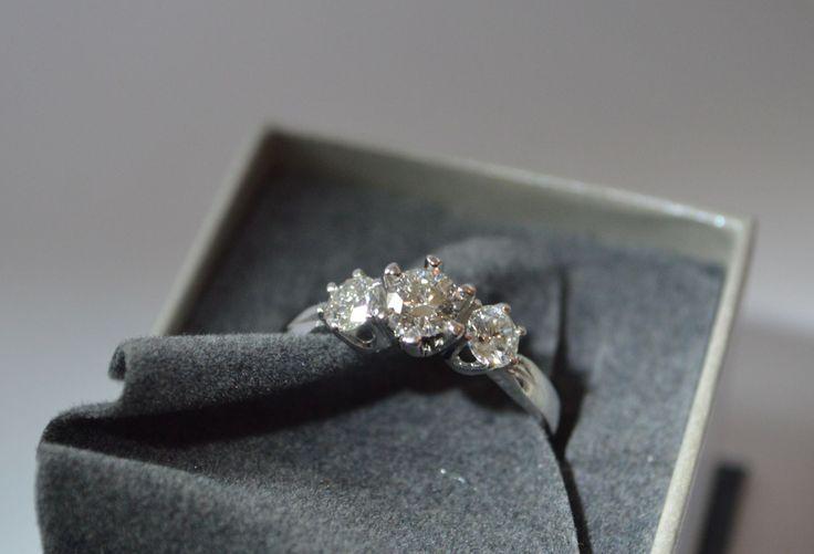 White gold 1ct diamond ring