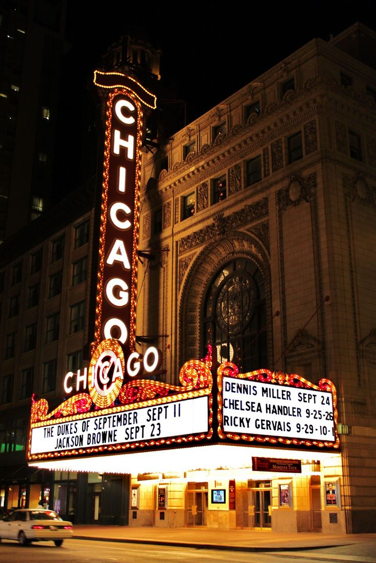 Chicago Theater.  Did you know they offer tours?  Such a pretty venue!