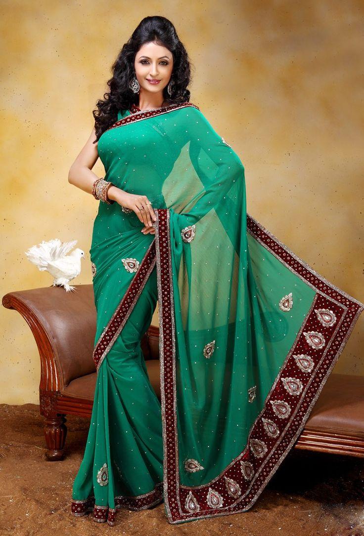 Scintillating Emerald Green Chiffon Saree @ $262.90 <3 Buy Now - http://www.gravity-fashion.com/5370-scintillating-emerald-green-chiffon-saree.html <3