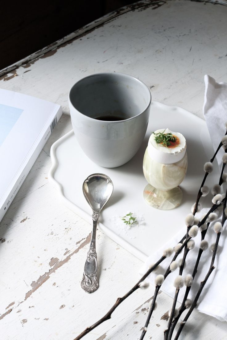 The super talented norwegian blogger Marthe takes great pictures! Here with our Krum tea mug.