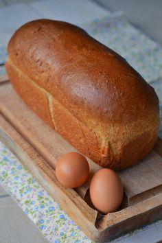 Pain brioché IG bas très très moelleux ! (phase 1) convient parfaitement pour réaliser des pains à hamburgers et à hot dog - par Fromage ou dessert ? Dessert !!!
