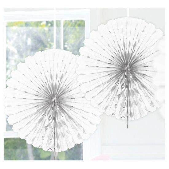Decoratie waaier wit 45 cm. Witte decoratie waaier om op te hangen. Feestelijke waaier van crepe papier in de kleur wit. Formaat: ongeveer 45 cm. De waaiers worden per stuk verkocht.
