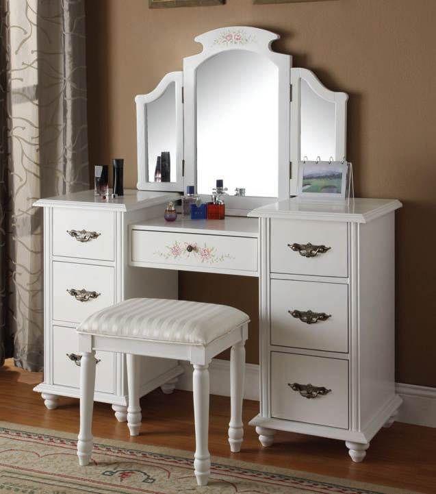 Trini White Vanity Sets W Mirror (90026 Set)