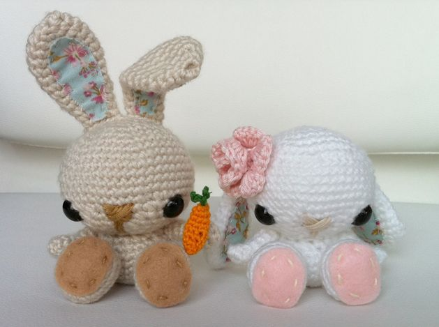 adorable bunnies. Free PDF download of pattern and detailed instructions for the face.: Crochet Spring, Crafts Patterns, Spring Bunnies, Baby Bunnies, Easter Bunnies, Crochet Bunnies, Free Patterns, Crochet Patterns, Amigurumi Patterns