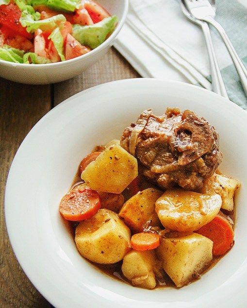 Как приготовить рагу с мясом и картошкой по-домашнему?