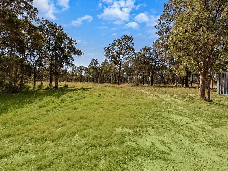 null, Cranebrook 5 acres $1.585m