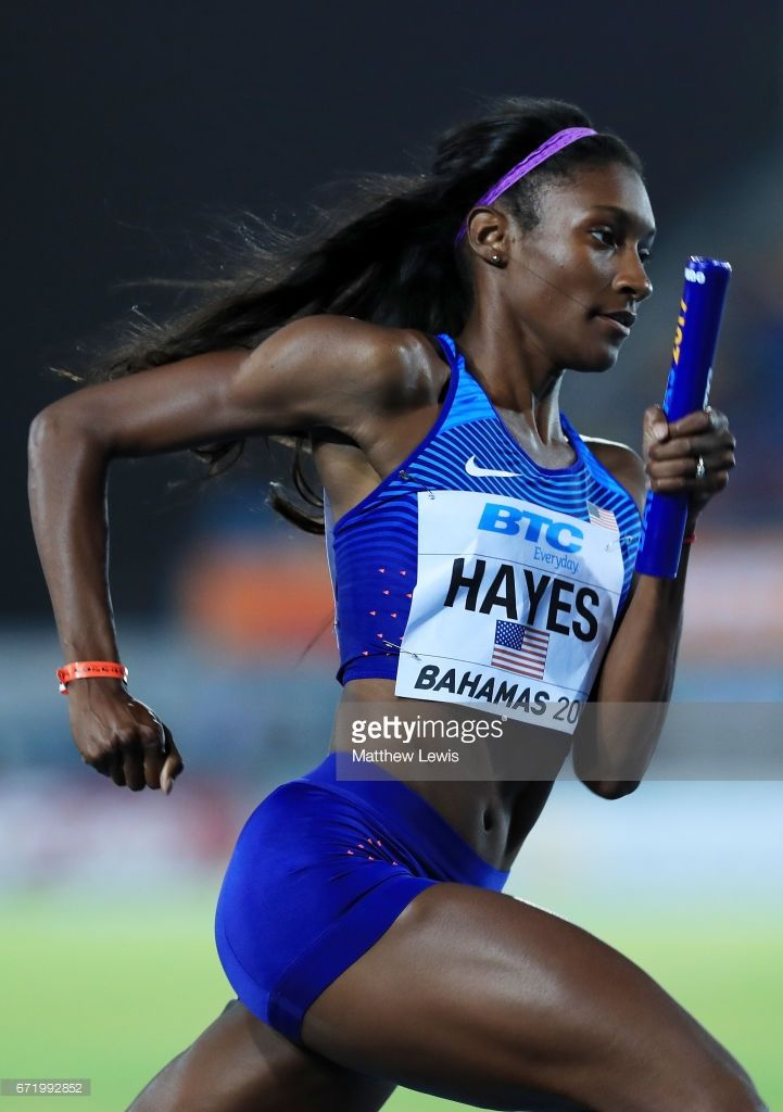 Quanera Hayes of team USA competes in heat one of the Women's 4 x 400 Meters Relay during the IAAF/BTC World Relays Bahamas 2017 at Thomas Robinson Stadium on April 22, 2017 in Nassau, Bahamas.