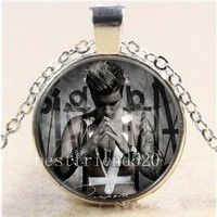 Wish | Justin Bieber Photo Cabochon Glass Tibet Silver Chain Pendant Necklace