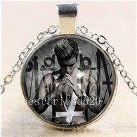 Wish | Justin Bieber Photo Cabochon Glass Tibet Silver Chain Pendant Necklace