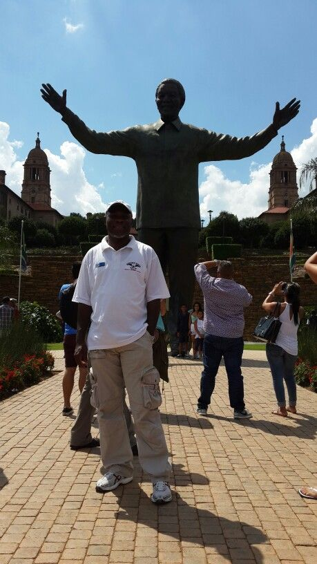Unions Buildings in Pretoria with Mandela's Staute
