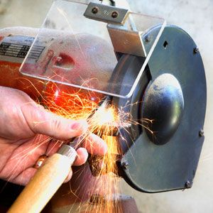 How to Sharpen Tools on a Bench Grinder A bench grinder is all you need to turn rusty old hardened-steel tools, like cold chisels and punch...