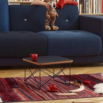 The Low Table Rod Base (LTR) is a versatile, small occasional table designed by Charles and Ray Eames, who used it in their own home in a variety of different ways.