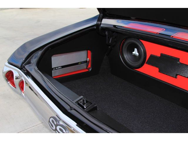 chevelle custom car stereo trunk install jl audio subs