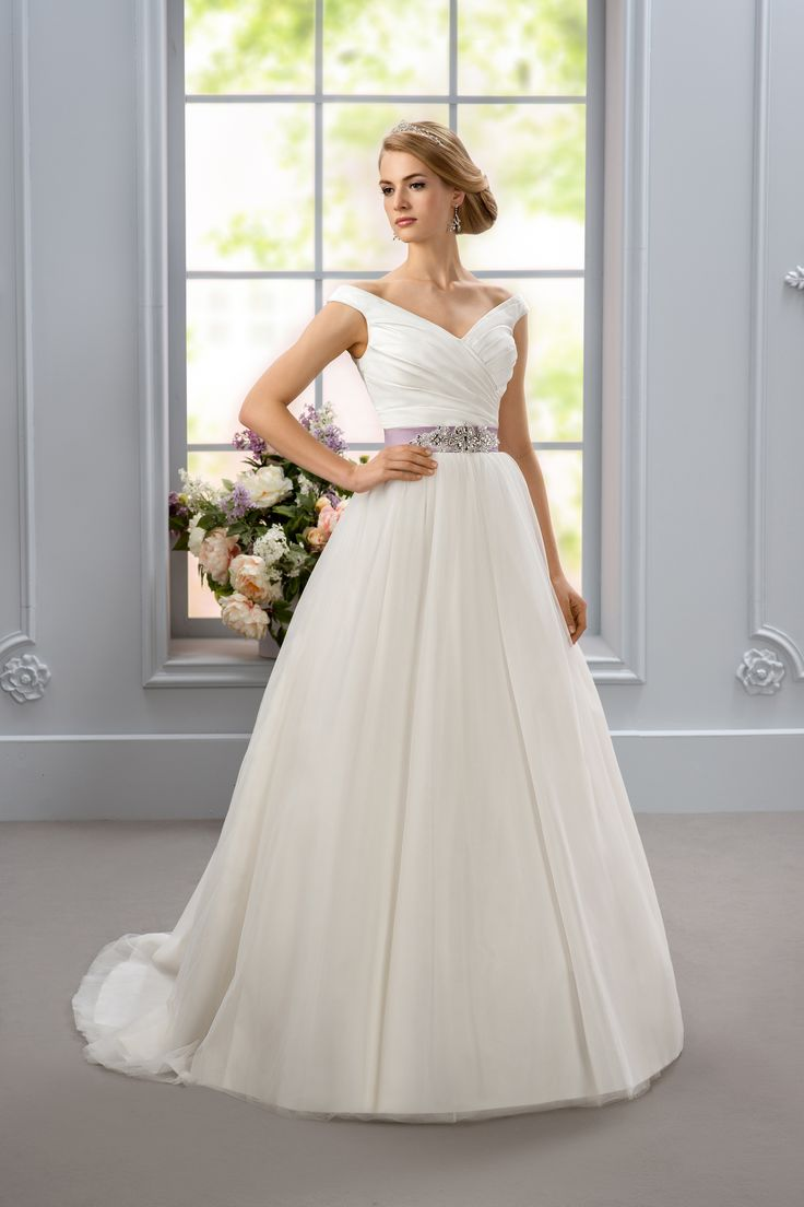 Maryrose - Affezione Sposa with lilac belt