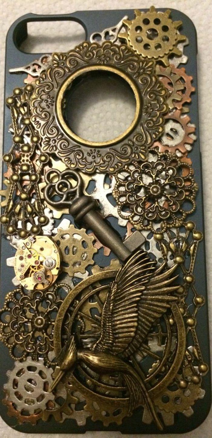 handyhulle selbst gestalten handyhulle gestalten mit dreidimensionalen elemanten