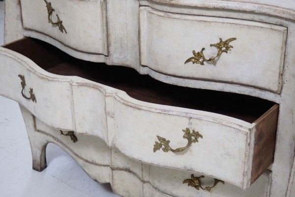 Antique Swedish Rococo Style Chest of Drawers 9