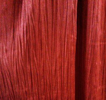 Купить красные шторы