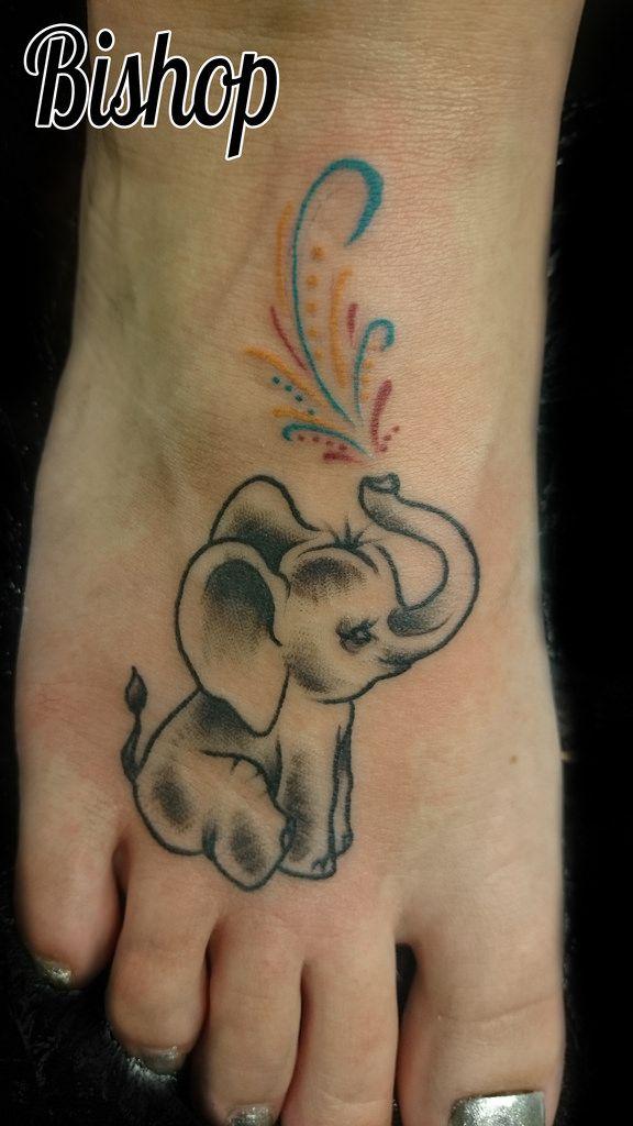 Elephant on foot elephant tattoos art pinterest for Elephant foot tattoo
