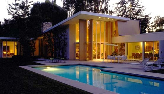 Baroda House was originally designed by A. Quincy Jones in 1953 for the actor Gary Cooper...Windows Pools, Clementi Hale, Hale Studios, Dreams House, Gary Cooper, Actor Gary, Rio Clementi, Baroda House, Modern Pools