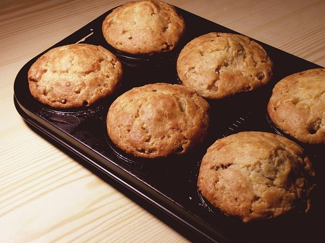 Sajtos cukkinis muffin