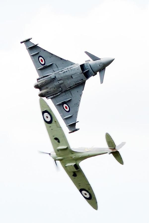 Typhoon and Spitfire Synchro