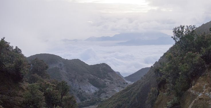 negeri di atas awan - gunung papandayan i love Indonesia cocosukamoto.blogspot.com