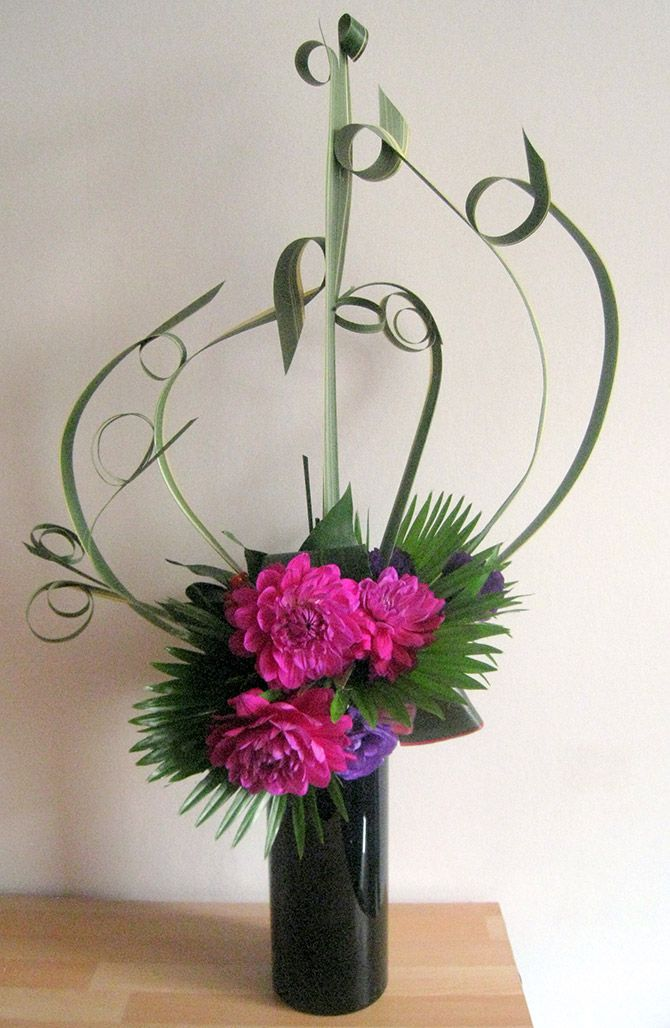 Le Dahlia fait partie des dix fleurs incontournables à cultiver dans son jardin pour créer des compositions florales - © DR