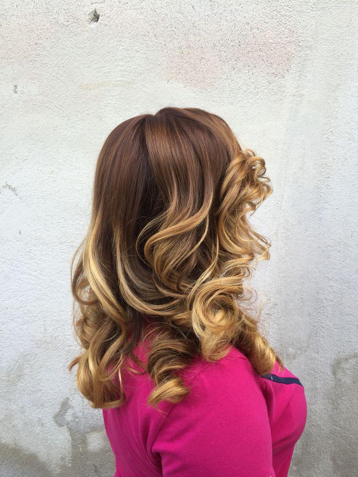 Spectacular hair blonde.✨  #hairblonde #blonde #hairstylist #waves