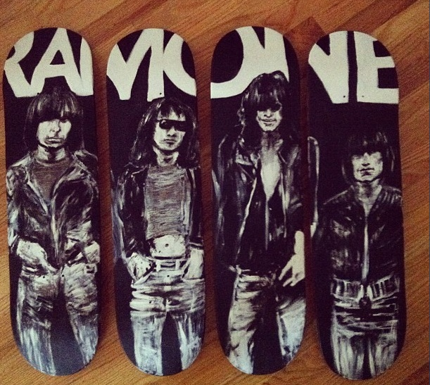 74 Best Images About Joey Ramone On Pinterest Rocket To
