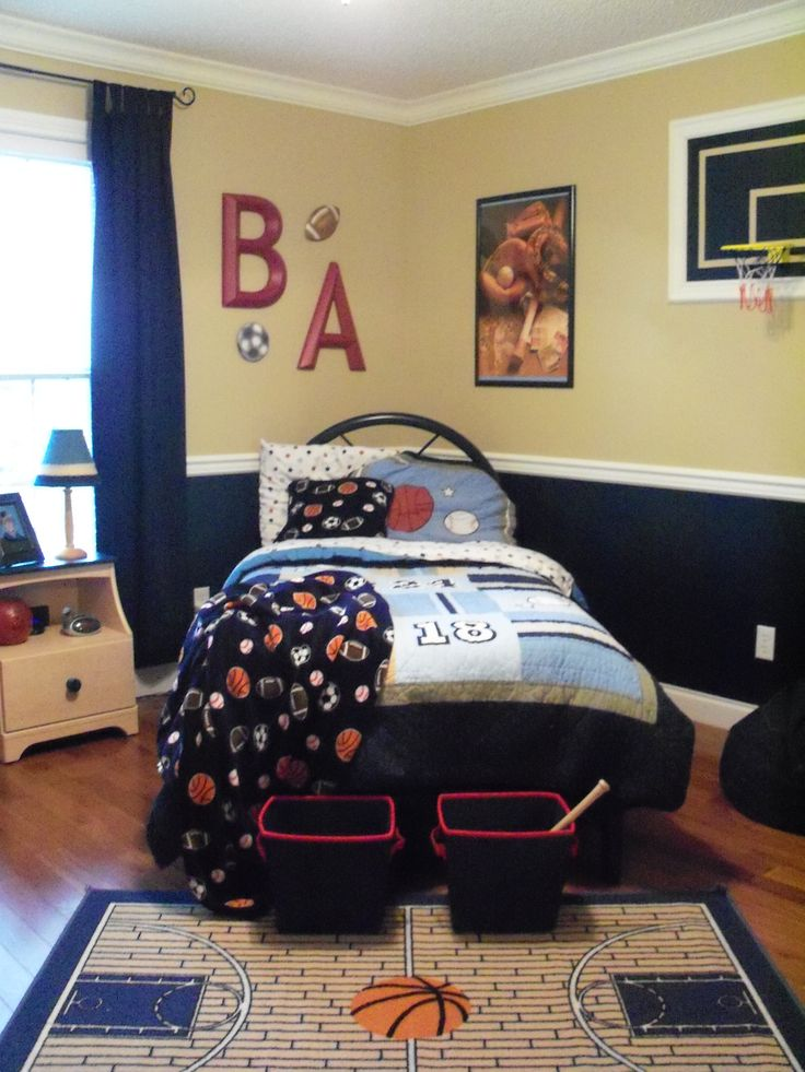17 best ideas about sports themed bedrooms on pinterest 14653 | fcdce464aa101986042fd5e341aed8bf