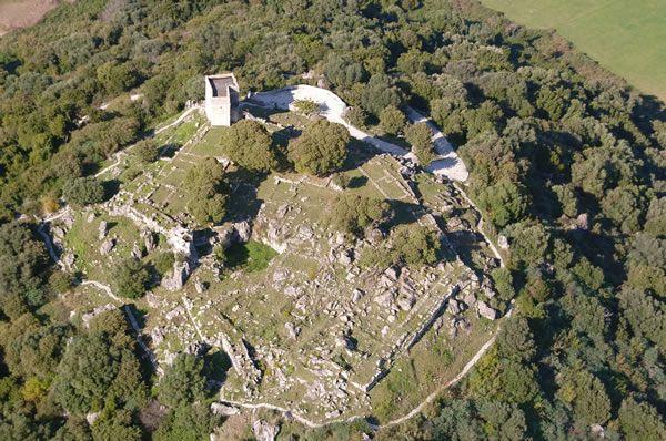 Archaeological site of the Tower Ragio/ Αρχαιολογικός χώρος του Πύργου Ραγίου