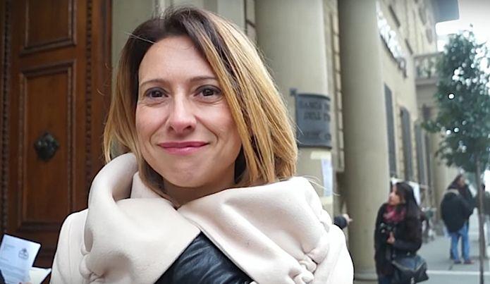 Arezzo si ripulisce la coscienza e nomina le vittime di Bancaetruria personaggi dell'anno